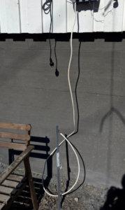 Huono maadoitus kuivassa sepelissä ja vääränlaisella kaapeilla tehtynä Sähköaidan kunnon selvittäminen